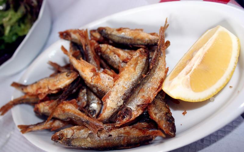 Friture de poissons m'chermel