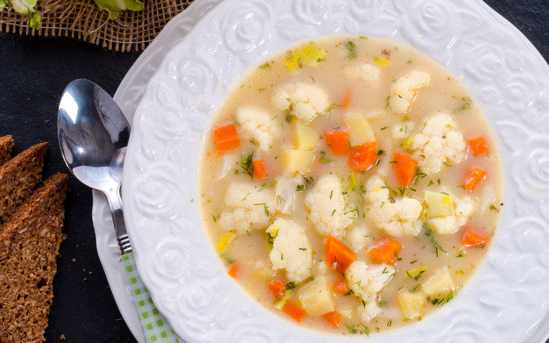 soupe aux choux et aux poireaux recette de soupe aux choux et aux poireaux. Black Bedroom Furniture Sets. Home Design Ideas