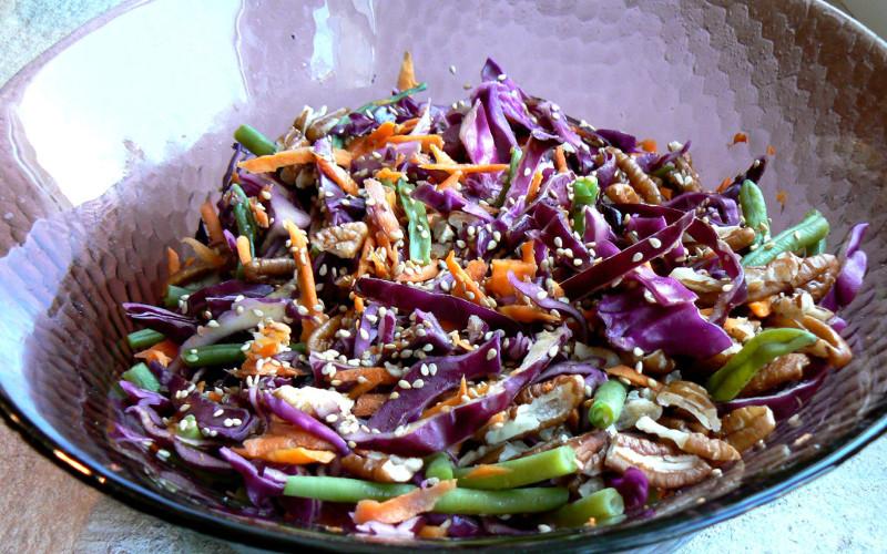 salade aigre douce au chou rouge recette de salade aigre douce au chou rouge. Black Bedroom Furniture Sets. Home Design Ideas