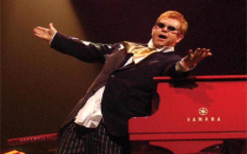 Le concert d'Elton John à Rabat maintenu