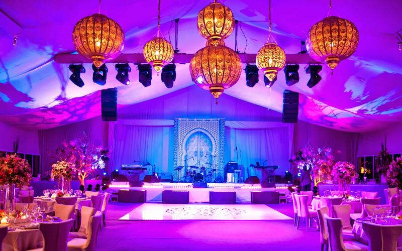 Un mariage des mille et une nuits organis marrakech - Decoration mariage mille et une nuit ...