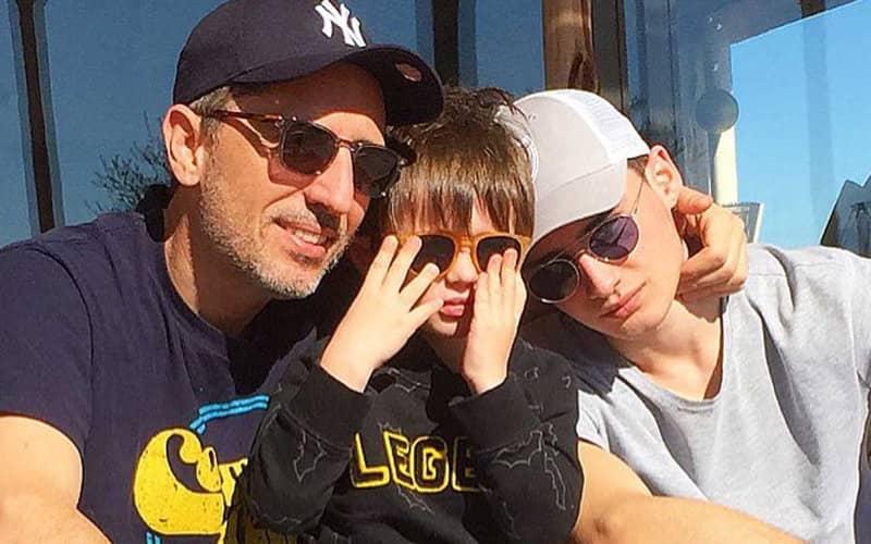 Gad Elmaleh parle de son fils Raphaël et de son ex-épouse Charlotte Casiraghi - Marocains du monde
